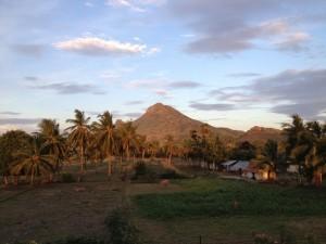 blick-arunachala-divine-light-temple